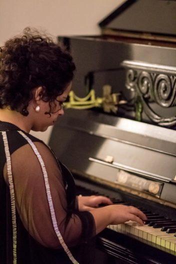 <p>Camilla Rocha is Patricia de Morelos as Blanca</p>